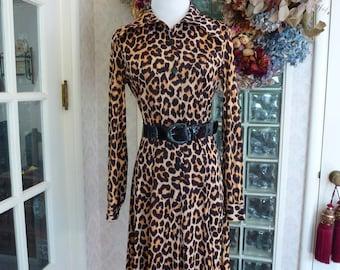 Vintage 60s 70s 1970s Leopard Print Dress Jersey Long Sleeve Flared Gored Skirt M Medium