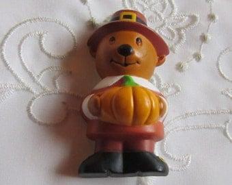 Vintage Thanksgiving Pilgrim Brown Bear Pin with Orange Pumpkin