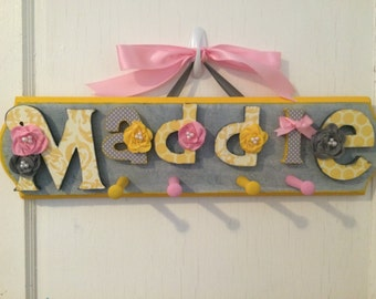 Custom Kids Name Sign Peg Rack - Nursery Wall Letters Name Sign with Coat Rack- Custom Children's Shabby Chic Name Plaque 6 Letters
