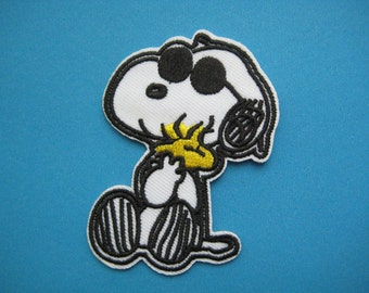 Iron-on Embroidered Patch Snoopy and Woodstock 2.75 inch