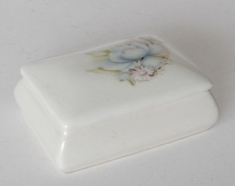 Pretty Little Porcelain Trinket Box Made By Marisa Italy
