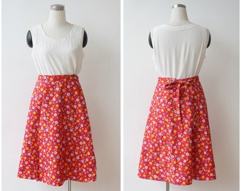 1970s vintage red floral skirt s m, vintage wrap skirt, red cotton skirt, A line midi skirt