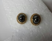 Avon Louis Feraud Classic Collection  Pierced earrings Mint Condition 1983