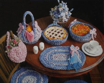 Crochet pattern Annie's Quick & Easy with a Q Hook  Country Kitchen Decor 1992 out of print bulky crochet patterns for the home