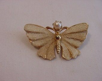 Vintage Kramer Butterfly With Faux Pearl Brooch  15 - 55