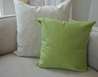 Green Diamond Pattern Pillow Cover