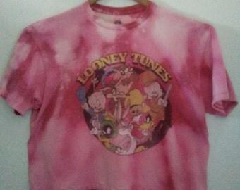 Looney Tunes TShirt / Graphic Tee / Bugs Bunny / Daffy Duck / Taz / Porky Pig / Punk Rock / RockNRoll / Club Kid / Indie / Classic Cartoon