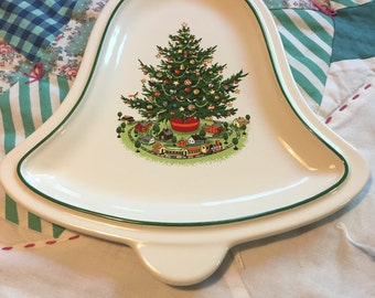 Vintage Pfaltzgraff Christmas Bell Cookie or Candy Dish Made in The USA #3794