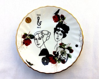 Antique plate with lady Josephine & Marguerit #1614