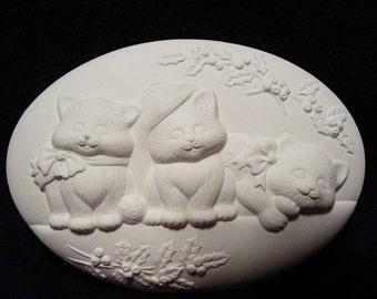 Kitten plaque-ceramic bisque-paint it yourself