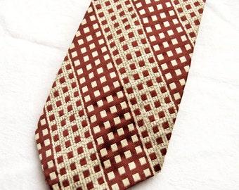 Hardy Amies Vintage Tie, Kipper Tie, Wide Tie, Retro Fashion, 1970s, British Designer, Dressmaker To The Queen, Burgundy, Wine, Beige, Check