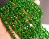 Chrome Diopside -  gemstone - chip stone  - 16 inch strand - Green Diopside - PSC198