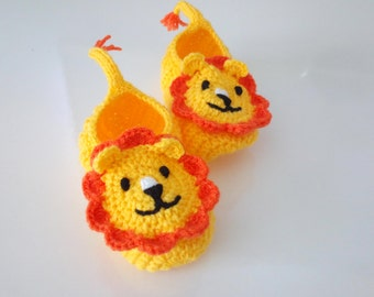 Yellow and Orange Crochet lion booties, house shoes-Crochet Baby Booties-for Baby or Toddler-Crochet Baby Lion Booties-boy slippers-animal