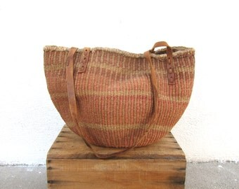 Vintage Large Woven Stripe Raffia Ethnic Bucket Sisal Bag w/ Leather Trim