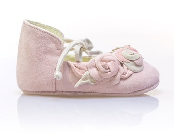 Baby Shoes Girl Pink Baby Shoes Baby Moccasins Baby Shower Gift Shoes Baby Birthday Shoes Newborn Shoes Christening shoes by Vibys