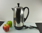 Farberware Coffee Maker Superfast Stainless Percolator - 12 Cup - Model 142 Bronx NY... Vintage Kitchen Appliance
