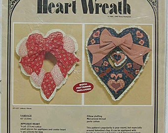 RARE 1980's Valentine Heart Wreath Pattern #214, Applique or Pieced Fabric Wreaths by Quilt Country Terry Thompson UNCUT