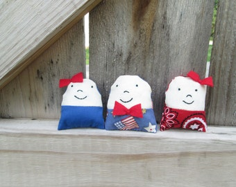 Smiley dolls - set two