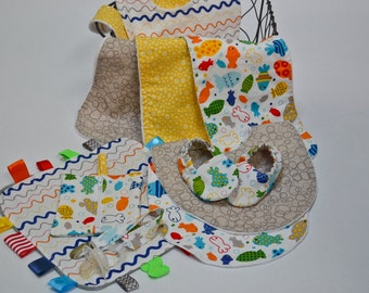 Baby Bundles - Bright Ocean - Great Value, Handmade Baby Gift, New Baby, Neutral Baby, Bibs, Burp Coths