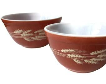 Vintage Pyrex Kitchenware Pyrex Nesting Bowls Pyrex Mixing Bowls Nesting Mixing Bowls Rust Autumn Harvest Wheat Vintage Pyrex Bowls 401  402