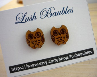 Wooden owl stud earrings.