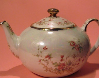 Shabby cottage chic teapot with pink blossoms and real gold