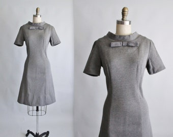 60's A line Dress // Vintage 1960's Grey Knit Mod Shift Casual Day Dress S M