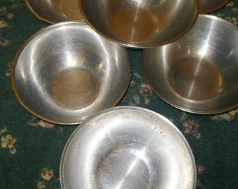 Save 10% 7 - Stainless Steel Mixing Bowls 3 Qt. -