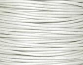 Leather-1.5mm-Round Cord-Metallic Pearl-10 Meter Spool
