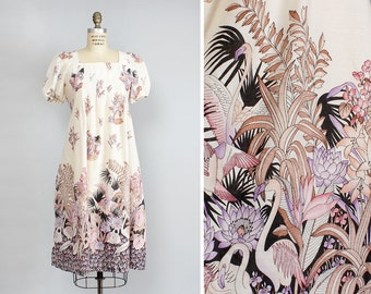 Flamingo Print Tent Dress • 70s Dress • Vintage Maternity Dress • Puff Sleeve Dress • Tropical Print Flowy Dress • Bird Print Dress  | D951