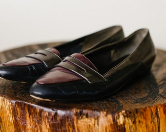 Simple Black Brown and Maroon Womens Slip-on Loafer Shoes. Flats. Size 7.5m