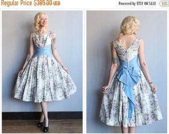 20% Sale 1950s Dress // Betty Draper Floral Dress // vintage 50s party dress