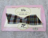 Tip-Top Glamour Bow on Clip on original card - Blue & Burgundy plaid Hair Accessory - Woman/Girls - 60s