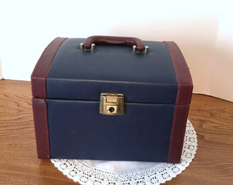 Vintage Cosmetic Travel Case - Burgundy and Blue Travel Case - Blossomville Make-up Box