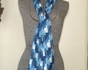 Vintage 70s Blue and White Geometric Pattern Scarf