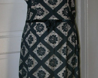 SALE 50s Dress for the Woman with Curves Black Floral Lace Over Beige size M