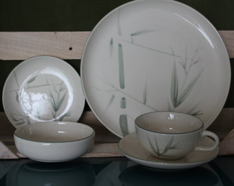 Winfield Green Bamboo Place Setting