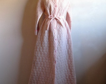 Vintage 1960s House Coat Pale Pink 60s Quilted Morning House Robe Large