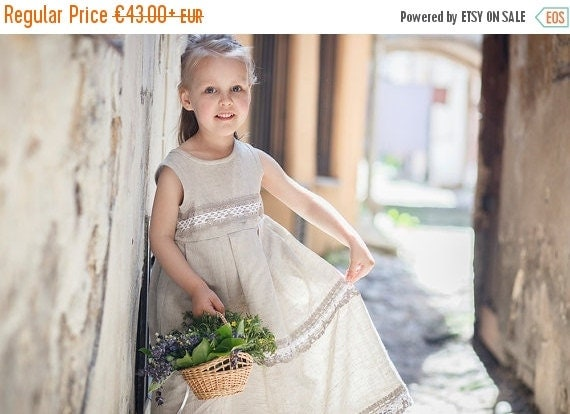 SALE Country flower girl dress -  Rustic flower girl dress - Flower girl linen dress - Linen girl dress - Linen lace baby girl dress