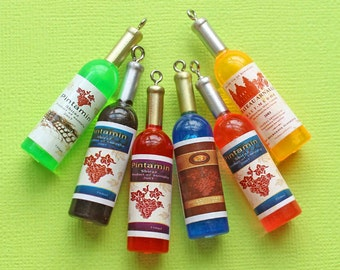 5 Wine Bottle Charms 3D Resin Incredible Details - K233