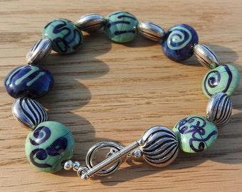 Electra - lampwork bead bracelet