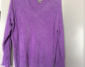Sweater medium long slv vneck soft nylon