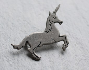 Silver Unicorn Brooch ... Mythical Horse Vintage
