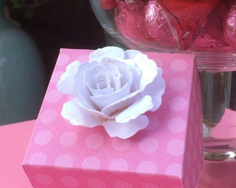 12 boxes for 10.00 - Pink favor box
