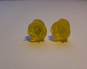 Yellow Rose Post Earrings   779