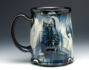 Skeleton Mug, Meditating Skeletons & Skull Pint Mug