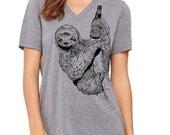 Awesome Sloth Shirt, Cute Beer Girl Shirt, Craft Beer Drinking Sloth, Spirit Animal, Beer Lovers Gift, Beer Festival, Christmas Gift