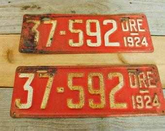 1924 Oregon license plates - set of 2- red