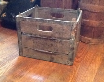 Wood Box Green Meadow Wyckoff NJ Antique Dairy Collectible Advertising Americana