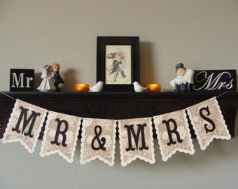 Mr and Mrs Banner - BURLAP & LACE - WEDDING Banner